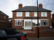 3 bed semi detached house in 90 Hawthorn Ave, ...