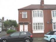 3 bedroom Flat to rent in Morpeth Avenue, ...