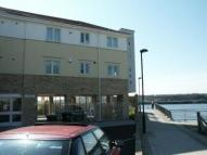 Flat to rent in 24 Long Row, Market Dock...