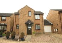 3 bedroom house in Belton Close...