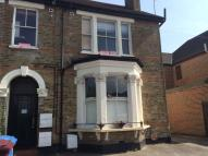 Apartment to rent in Bloomfield Road, Bromley...