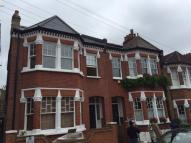 4 bed End of Terrace house in Hollingbourne Road...