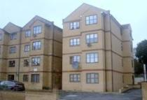 1 bed Apartment to rent in Anthony Court, Penge...