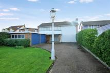 Detached house in Old Fort Road...