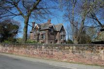 2 bed Flat for sale in Lyndhurst Road...