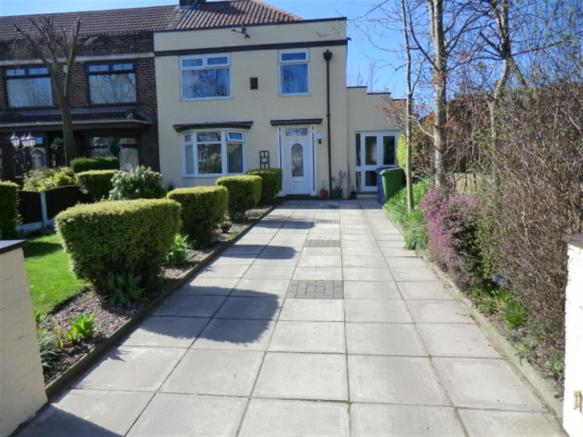 3 Bedroom House For Sale In Queens Drive Stoneycroft Liverpool L13