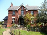 6 bedroom semi detached property in Holly Bank...