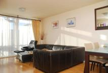2 bedroom Flat in Berglen Court, Limehouse...