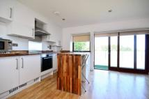 2 bed Flat in Parkview, Docklands, E16