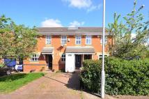 2 bed house in Fletcher Close, Beckton...