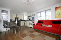 2 bed Flat in Ferguson Wharf...
