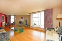 2 bedroom Flat in Barrier Point Road...