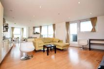 3 bedroom Flat in The Helm, Royal Docks...