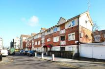 2 bedroom Flat for sale in Pier Road, Silvertown...