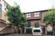 3 bed home in Southey Mews, Silvertown...