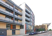 1 bed Flat to rent in Canary South...