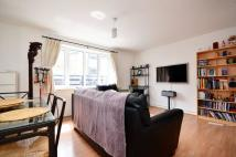 Locksons Close Flat to rent