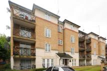 Flat in Stoneyard Lane, Poplar...