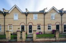 2 bedroom home in Westferry Road...