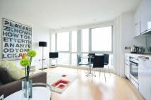 Studio apartment in Ontario Tower...