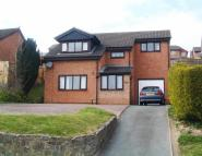 Detached home for sale in 34 Gungrog Hill...