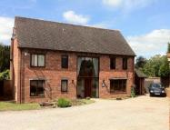 6 bedroom Detached home in BEVERE, WORCESTER