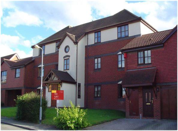 2 bedroom apartment to rent in WARNDON VILLAGES WORCESTER