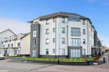 2 bedroom Flat in Crookston Court, Larbert
