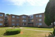 2 bed Flat in Regal Court, WEMBLEY