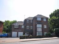 Flat in 41 Kenton Road, HARROW