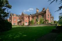 2 bed Apartment in Norcliffe Hall...