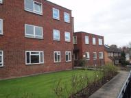 2 bed Flat in Roebuck Lane...