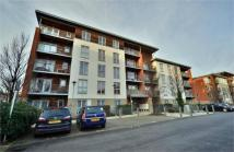 2 bedroom Detached property in Flat 2, Garway Court...