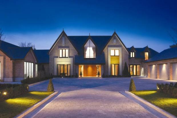 6 bedroom detached house for sale in torkington road