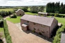 5 bedroom Detached house in Threaphurst Lane...