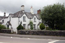 Tavistock Terraced property to rent