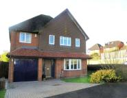 Hubbard Close Detached house to rent