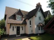 4 bed home in Waltham Road, Twyford...