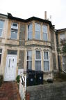 7 bedroom Terraced home in Longmead Avenue...
