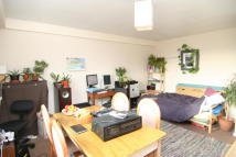 Flat to rent in Ashley Road, Cotham...