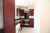 2 bedroom Flat in Wellington Hill West...