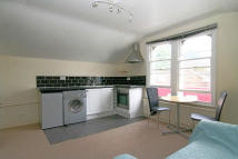 Flat to rent in Bath Buildings, Cotham...
