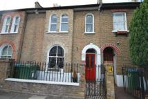 3 bed Terraced house to rent in Calvert Road, London...