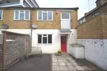 2 bed Terraced property in Calvert Road London SE10