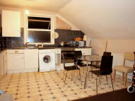Flat to rent in Upper Tulse Hill, Brixton