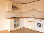 2 bedroom Flat to rent in Appach Road, Brixton