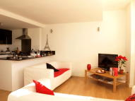 Flat in Kingswood Road, Brixton
