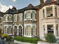 1 bedroom Flat to rent in Fairmount Road, Brixton