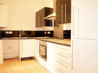 Flat in Coldharbour Lane, Brixton