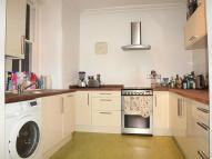 Flat to rent in Rushcroft Road, Brixton